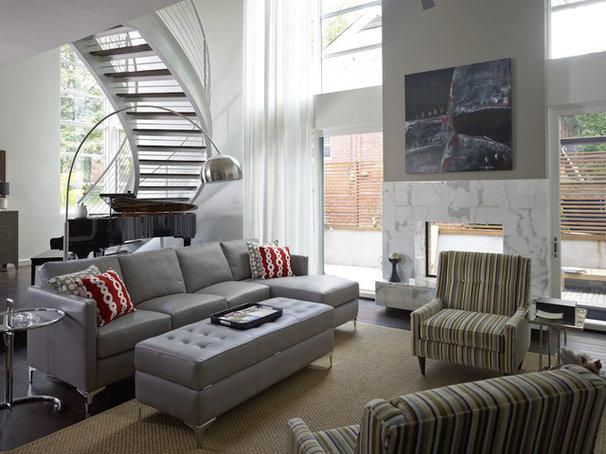 Modern Living Room by Pinnacle Custom Builders, Inc.