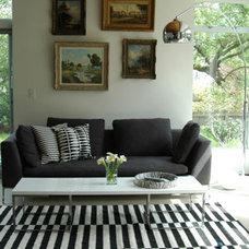 Modern Living Room Ally's Seattle Home