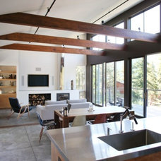Modern  by CCS ARCHITECTURE