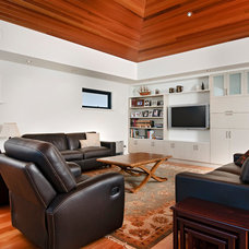 Modern Living Room by Cambuild