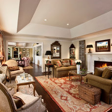 Traditional Living Room by Giffin & Crane General Contractors, Inc.