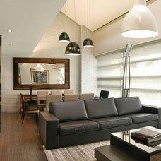 Modern Living Room by Elias Kababie