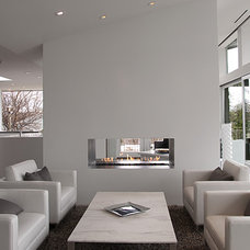 Modern Living Room by Ginkgo House Architecture