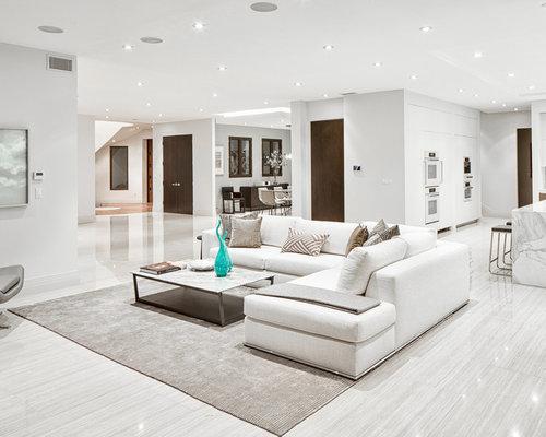 moderne wohnzimmer mit porzellan bodenfliesen ideen. Black Bedroom Furniture Sets. Home Design Ideas