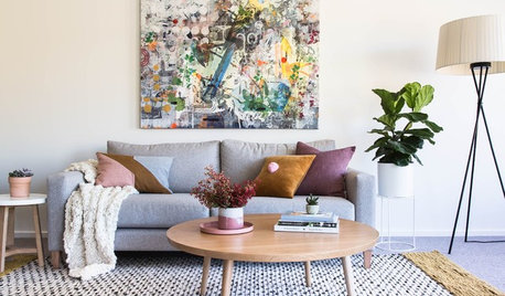 Room of the Week: A Pretty Family-Friendly Living Room