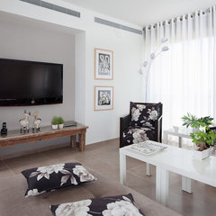contemporary living room by Polly