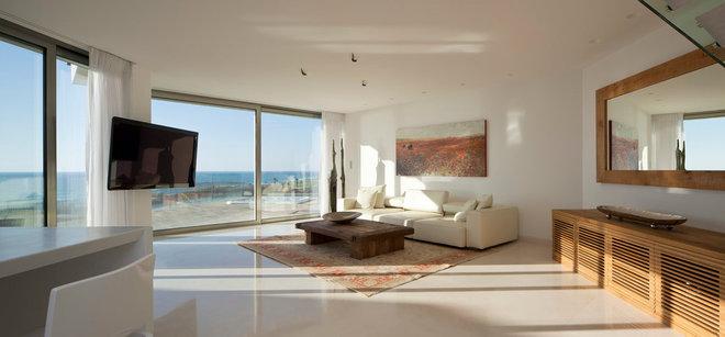 Modern Living Room by Gerstner