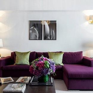 サセックスのトランジショナルスタイルのおしゃれなリビング (白い壁、カーペット敷き) の写真