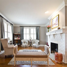 Traditional Living Room by Phoenix Renovations