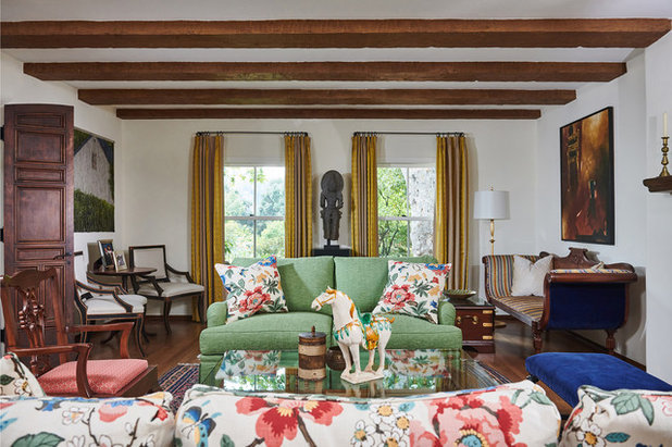 Traditional Living Room by Rollins Andrew Interiors