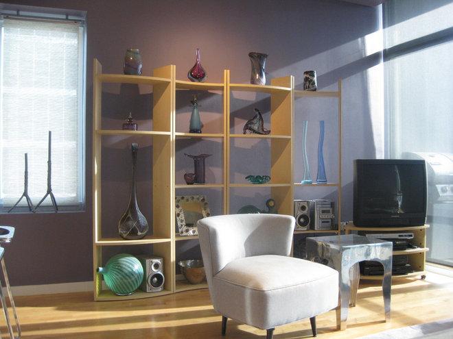 Modern Living Room Art Glass Collection display