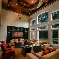 Modern Living Room by Jaque Bethke for PURE Design Environments Inc.