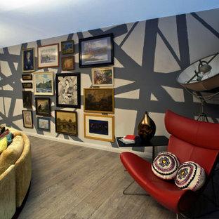 ARTIST HOUSE OF COLOUR