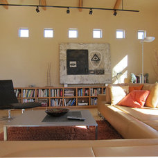 Modern Living Room by mark rusconi architects