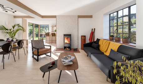 Houzz Tour: A 1950s House is Cleverly Extended on Three Sides