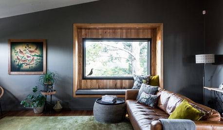 リビングは2階に。窓からの緑の眺めを楽しむ家