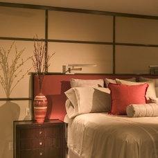 Tropical Living Room by suzanne lawson design - interior design