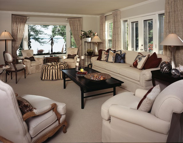 Traditional Living Room by Pappas Design