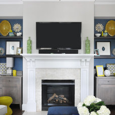 Transitional Living Room by Jennifer Reynolds - Jennifer Reynolds Interiors