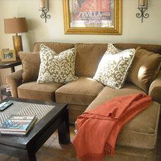 Traditional Living Room by B. Barganier Interiors