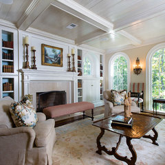 traditional living room by Kathleen Kellett Interiors