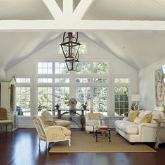 traditional living room by Austin Patterson Disston Architects