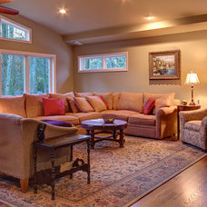 Traditional Living Room by Pimsler-Hoss Architects, Inc.