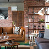 Vadodara Houzz: Rusticity, Water & Sun Dictate This Home