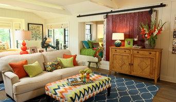 Azalea Cottage - Living Room