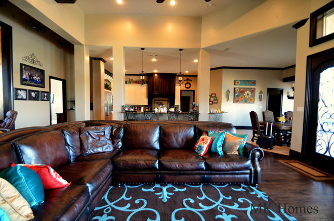 Traditional Living Room by MK Homes