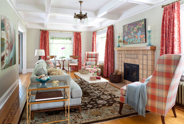 Traditional Living Room by Atelier Interior Design