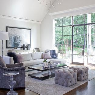 Esempio di un soggiorno classico aperto con pareti bianche, parquet scuro, pavimento marrone, soffitto a cassettoni e soffitto a volta