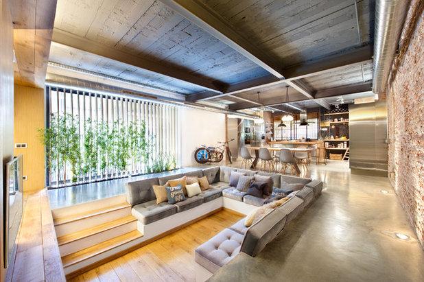 Industrial Living Room by Egue y Seta