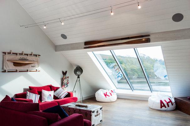 Beach Style Family Room by Andrew Lethbridge Associates