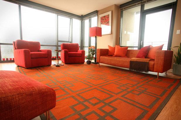 Contemporary Living Room by Susan Diana Harris Interior Design