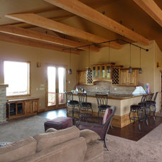 Traditional Living Room by Spring Creek Builders Inc.
