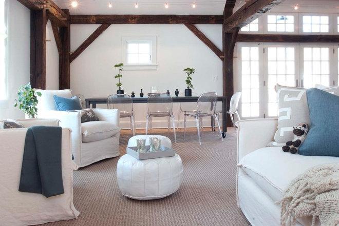 Farmhouse Living Room by Arturo Palombo Architecture