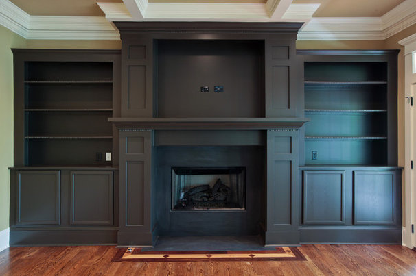 Traditional Living Room by PAUL VARNEY CONSTRUCTION, LLC