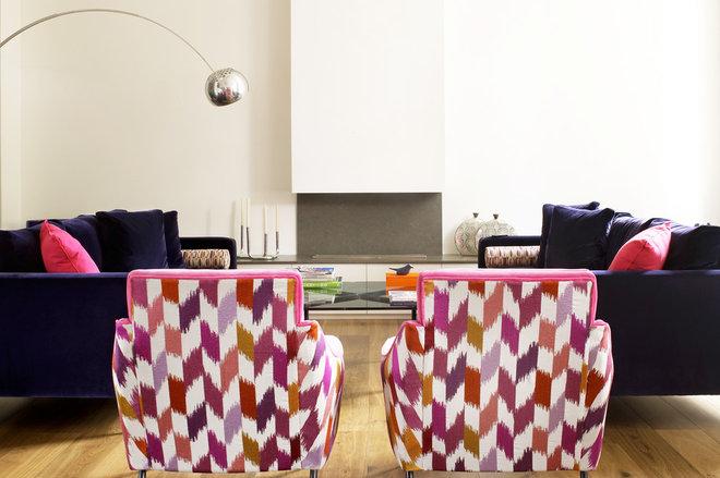 Contemporary Living Room by LEIVARS