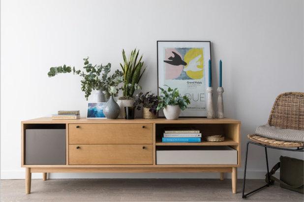 Modern Wohnbereich by Imperfect Interiors