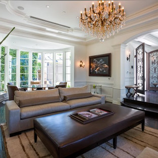Bay in Beverly Hills homes