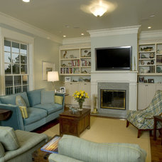Traditional Living Room by Montgomery Roth Architecture & Interior Design