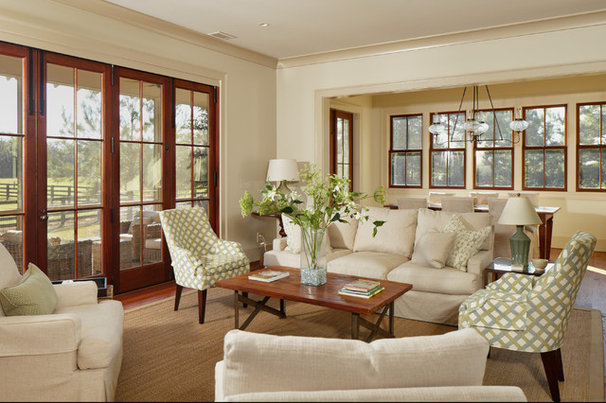 Traditional Living Room by Allison Ramsey Architects