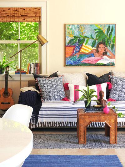 Beach Style Living Room by NATASHA HABERMANN STUDIO
