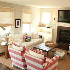 Beach Style Living Room by kelley gardner