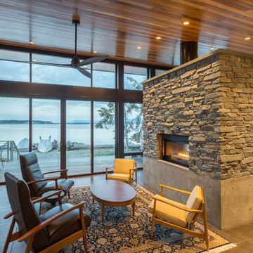 Beach Drive Waterfront Studio. Camano Island WA