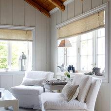 Beach Style Living Room by No20 Christine F. Interiordesign