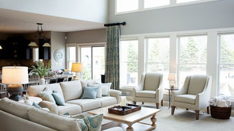 Beach rustic modern living room in the Midwest