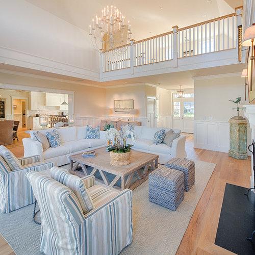 maritime wohnzimmer mit beigefarbenen w nden ideen. Black Bedroom Furniture Sets. Home Design Ideas