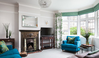 Beautiful botanical greens and turquoise blue living room